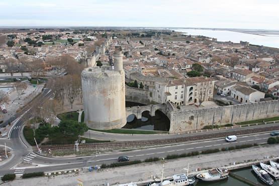 Navette Taxi entre Nîmes et Aigues-Mortes